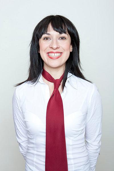 ,黑发,微笑,白衬衫,红色,领带