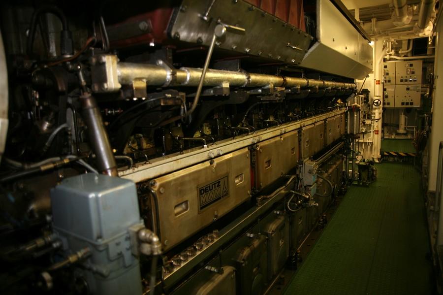 船舶发动机下载相似预览购买