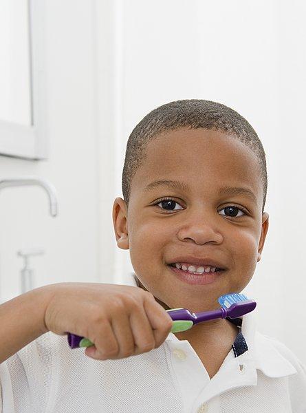 >黑人牙膏