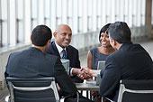 微笑,商务人士,握手,会议室