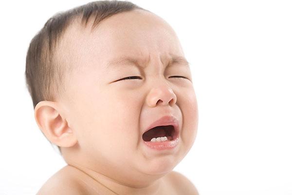 哭泣的婴儿