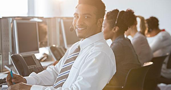商务人士,耳机,微笑,办公室