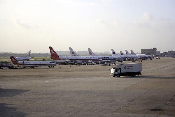 上海虹桥飞机场的停机场