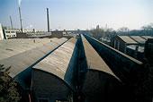 798藝術區鋸齒性屋頂的工廠