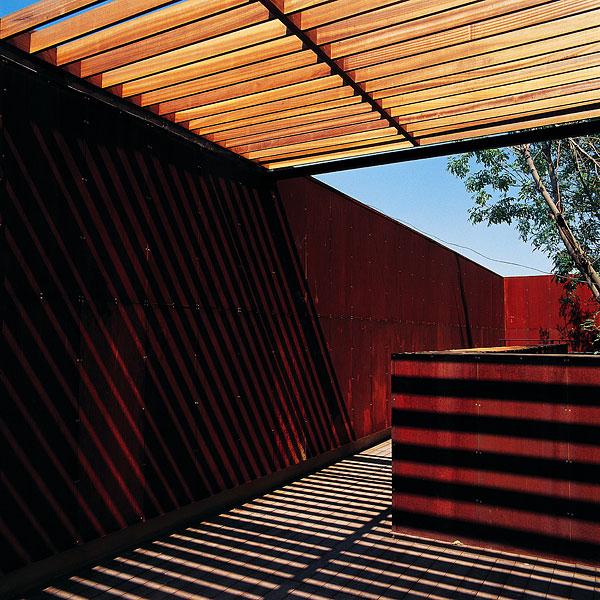 农村别墅外墙红色瓷砖搭配