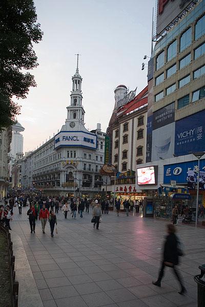 >上海南京路步行街