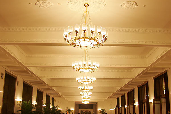 欧式古典吊灯装修效果图-欧式古典吊灯装修效果图