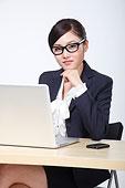 女秘书公司p_女秘书遭潜规则图图_老板潜规则女秘书 ...