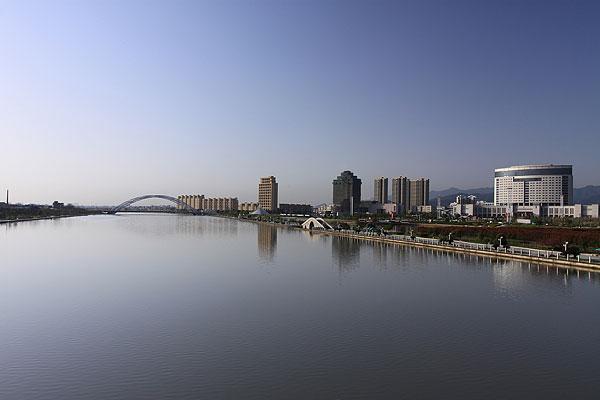 浙江东阳市河流风光