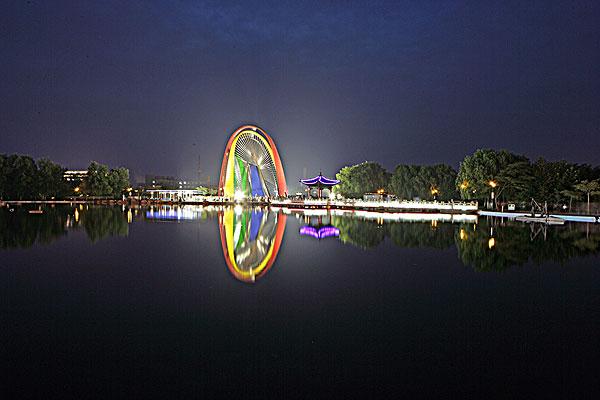 河北秦皇岛城市雕塑