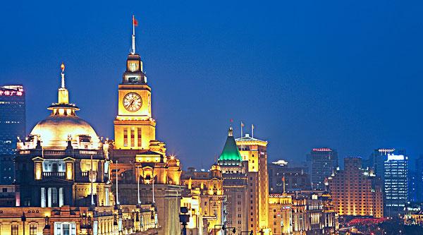 上海外滩著名的浦东发展银行(原汇丰银行)大楼