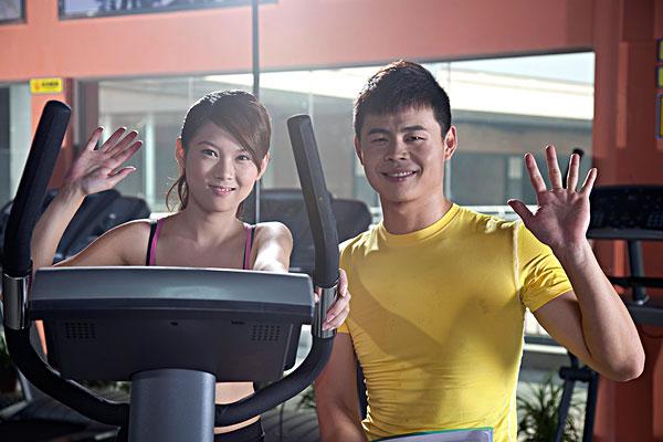 健身教练_健身教练图片