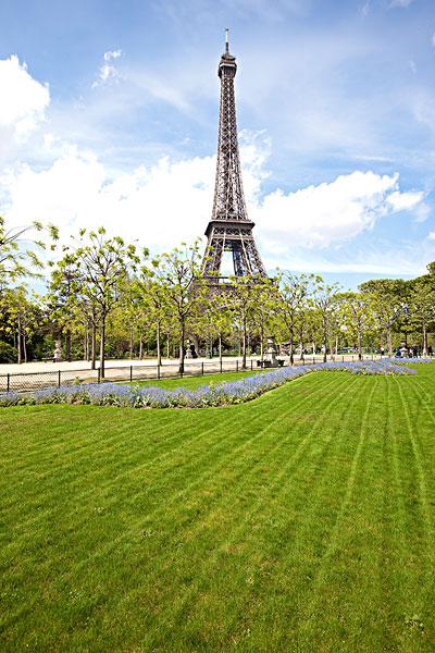 巴黎埃菲尔铁塔_全景图片