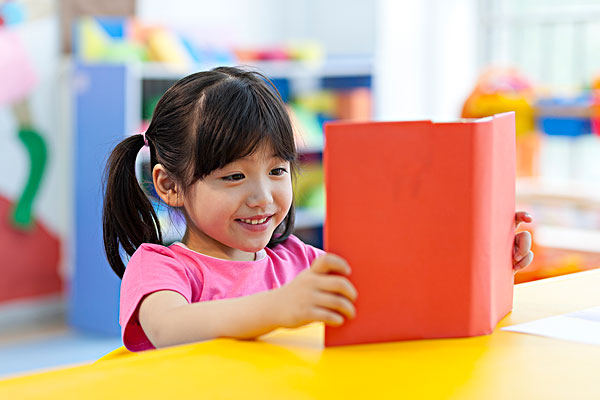 校园看书_校园看书图片