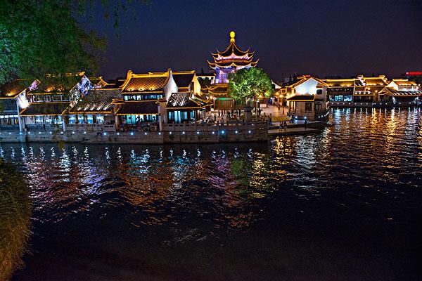 苏州山塘景区夜景