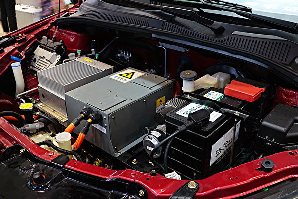 新能源汽车,发动机机舱,电池组
