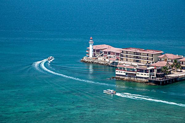 海南陵水分界洲岛游船码头