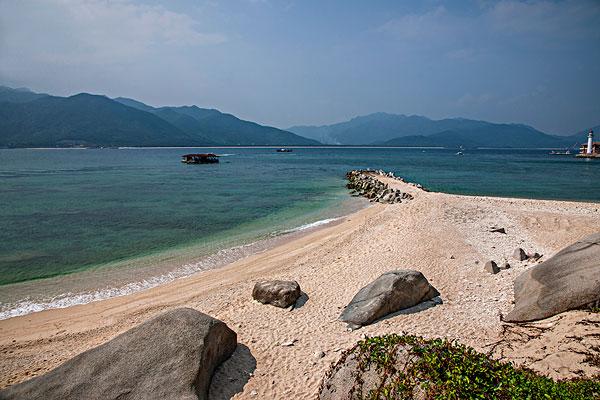 海南陵水分界洲岛黄金海滩