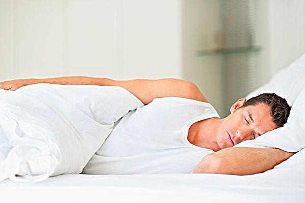 睡觉,床-全景图片-读图时代