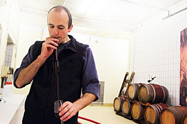 [rf]男青年,红酒相似收藏下载分享购买 10367001910 [rf]老人,葡萄酒图片