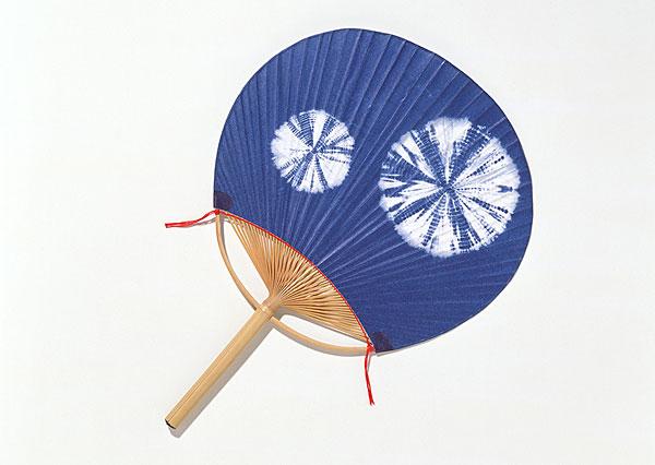 美术课手工制作团扇