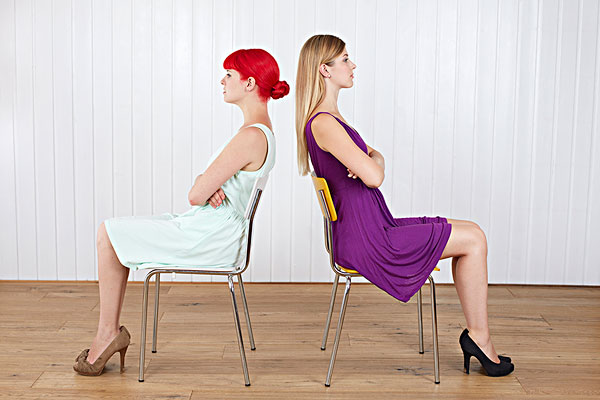 qq头像两个女生背影