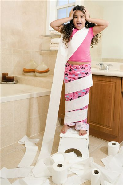 女孩 卫生纸