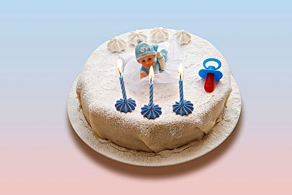 生日蛋糕,杏仁蛋白蛋糕,三个,蜡烛,奶嘴