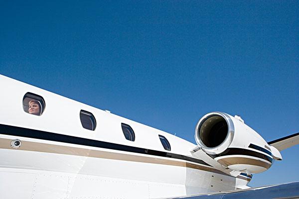 飞机,飞机跑道,窗户-全景图片-读图时代