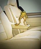 汽车青蛙跳