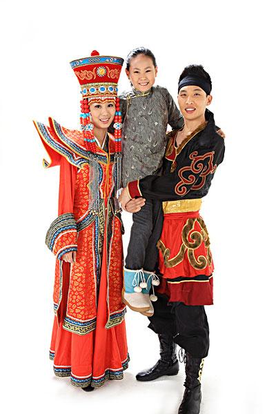 中国少数民族服装的介绍图片