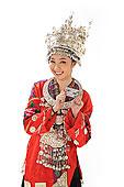 中国少数民族苗族女人购物
