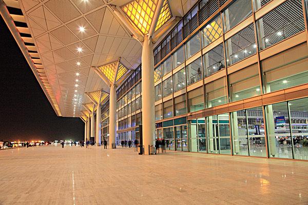 >西安火车站  陕西省西安火车北站夜景