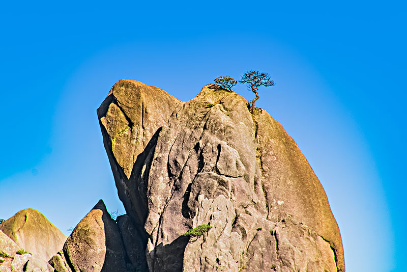 安徽省黄山市黄山风景区天狗奇石自然景观