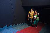 台阶,大厅,电影院,伴侣手机上存100多部小电影图片