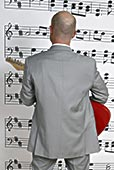 后视图,商务人士,站立,正面,音符,演奏,吉他