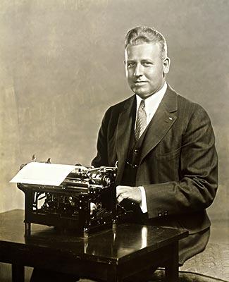 肖像,成熟,男人,打字机高清图片