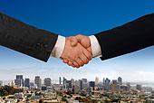 两个,商务人士,握手,白天,城市天际线,背景