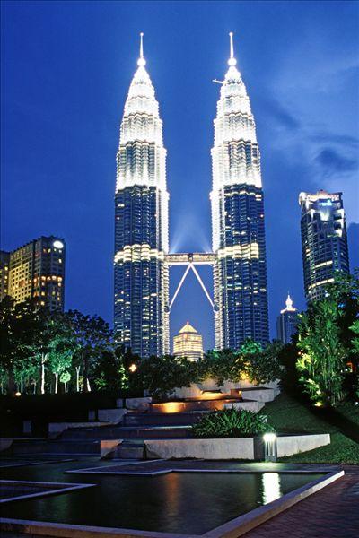吉隆坡双子塔_全景图片