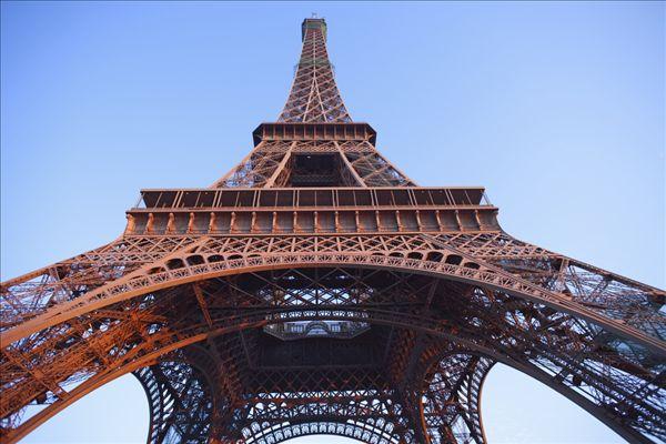 巴黎 埃菲尔铁塔图片
