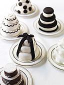 黑白/黑白,饼干,金字塔下载相似预览购买