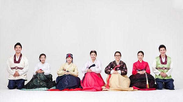 设计元素 >朝鲜美女  年轻人,穿,韩国人,传统服装下载相似预览购买