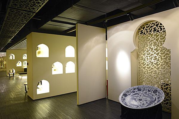 老孙家,穆斯林餐厅,清真特色的装潢.陕西西安
