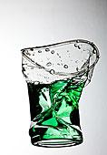 碧水,塑料杯,灰色背景