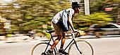 男人,骑自行车,城市街道