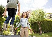 孩子,跳跃,蹦床,后院