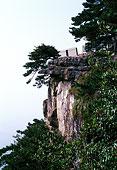 江西庐山龙首崖