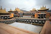 西藏布达拉宫金顶