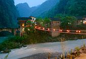 湖南村寨夜景
