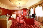 酒店内的总统套房内景